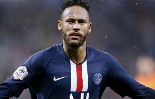 Imagem de Neymar durante jogo e comemoração de gol pelo PSG