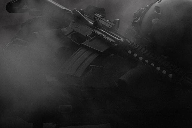 Modelo 3D de uma arma de fogo do jogo Call Of Duty